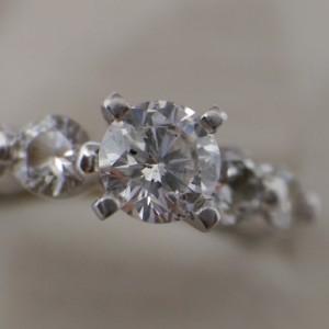 鑽石收購裸鑽 戒台30-50分一克拉4C