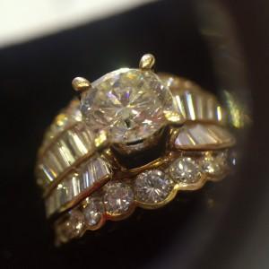 黃戒台的鑽石的小秘密