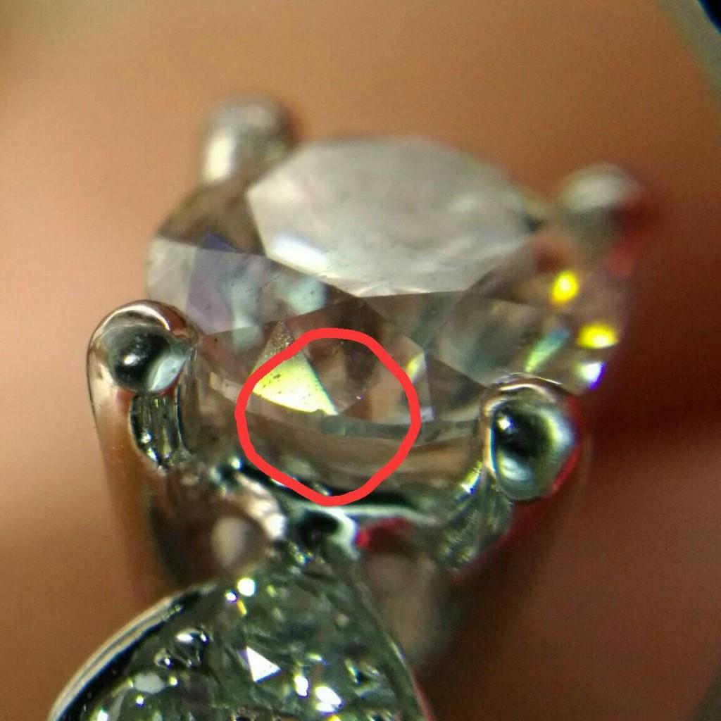 鑽石缺角近照