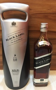 Johnnie Walker黑標12蘇格蘭威士忌回收分享