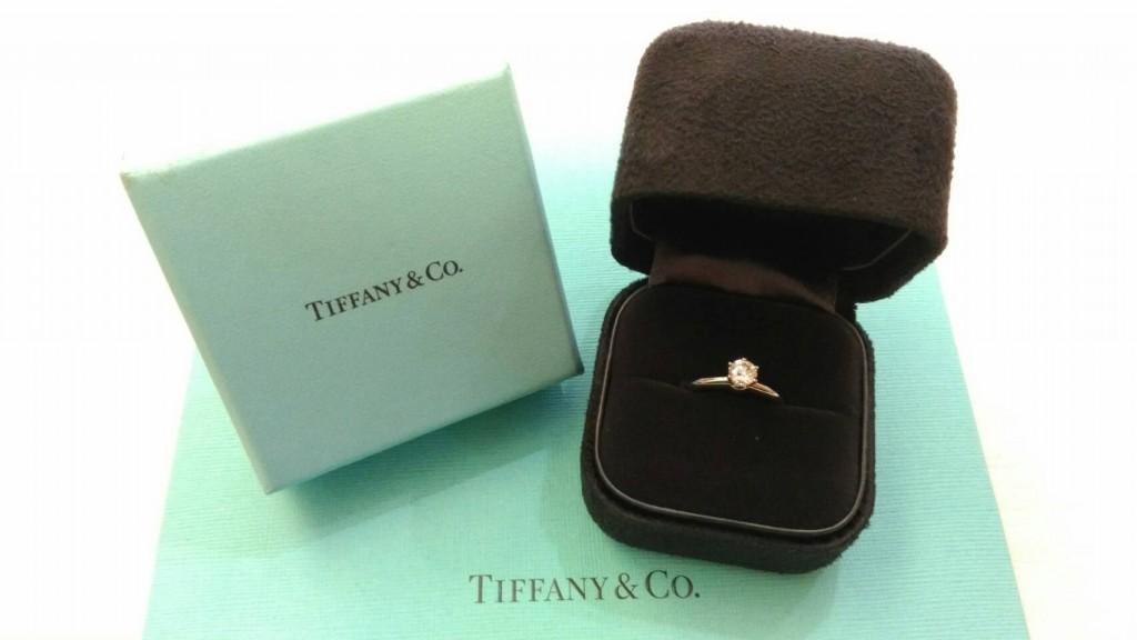 12.10-Tiffany - 0.37c經典六爪鑽戒回收 ◄JEWEL CAFE 鑽石收購專門店-蘆洲店 (新北市)►