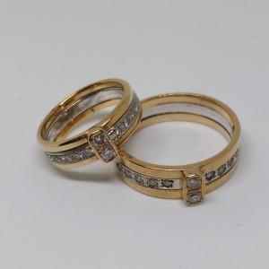 米粒鑽石戒指