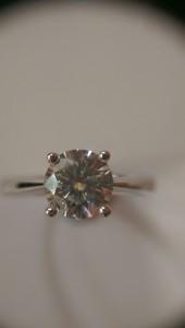 中山1克拉鑽石戒指