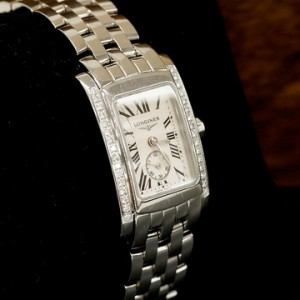 收購浪琴錶