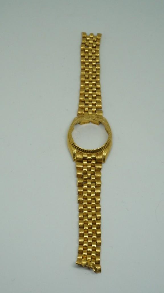 收黃金錶帶