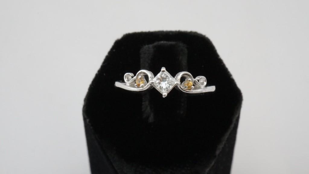 收購方鑽戒指