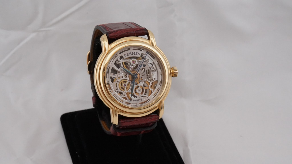 收購HERMES機械手錶