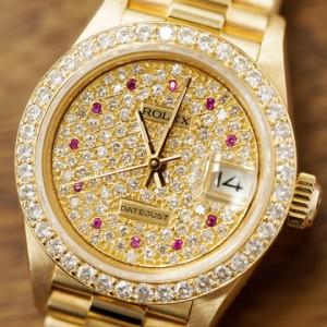 鑲鑽手錶保養法