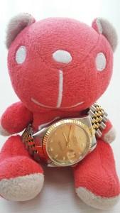 錶耳栓斷掉的手錶