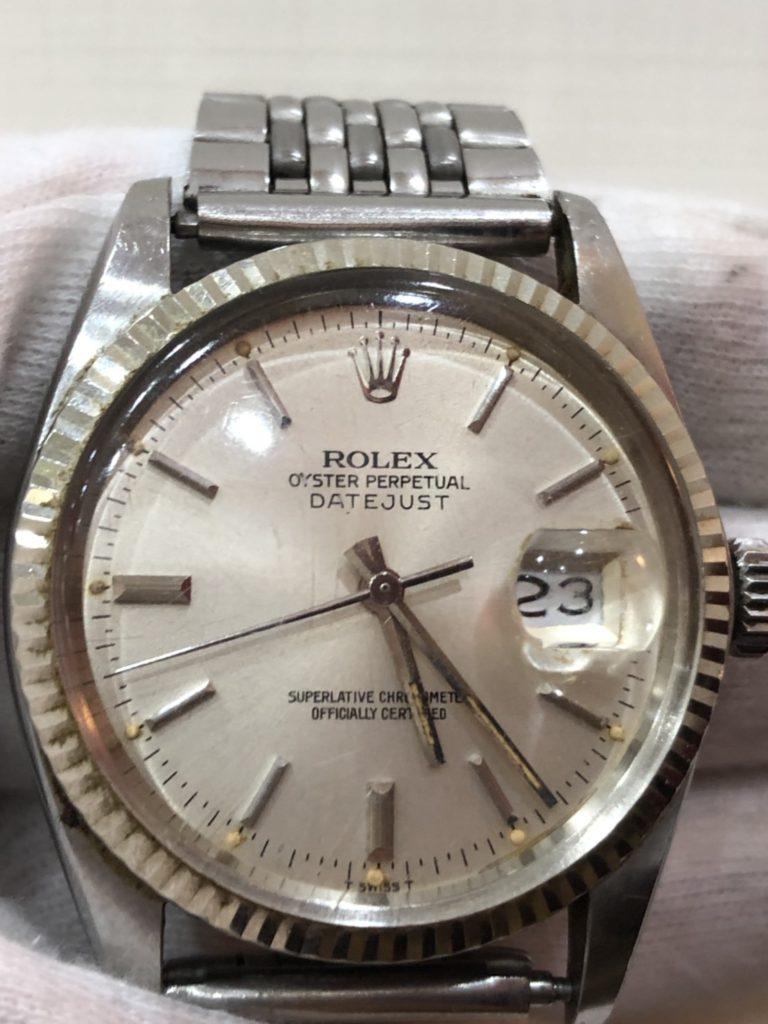 這張圖片的 alt 屬性值為空,它的檔案名稱為 手錶收購0917-768x1024.jpg