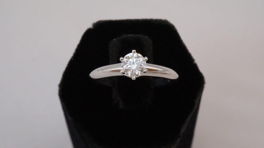 這張圖片的 alt 屬性值為空,它的檔案名稱為 30分鑽石戒指回收-1024x576.jpg